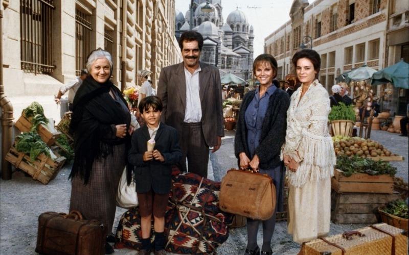 Մայրիկ․ վեպն ու ֆիլմը