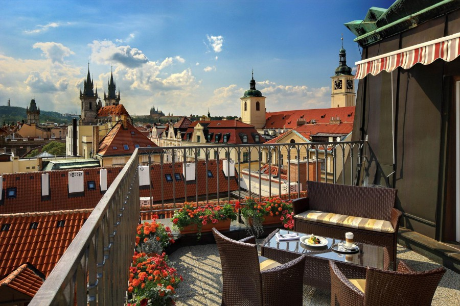 Due to the lack of tourists in Prague prices for long term rental apartments began to fall.