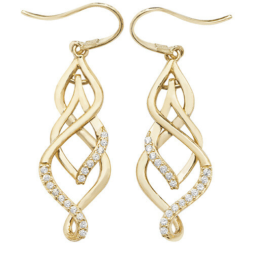 Why to buy earrings for Valentine's day?