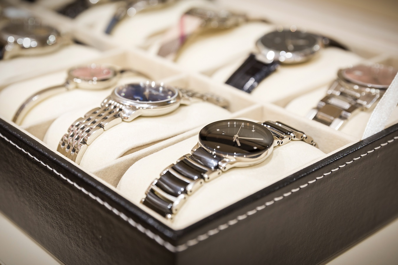 The Art of Admiring Luxury Watches