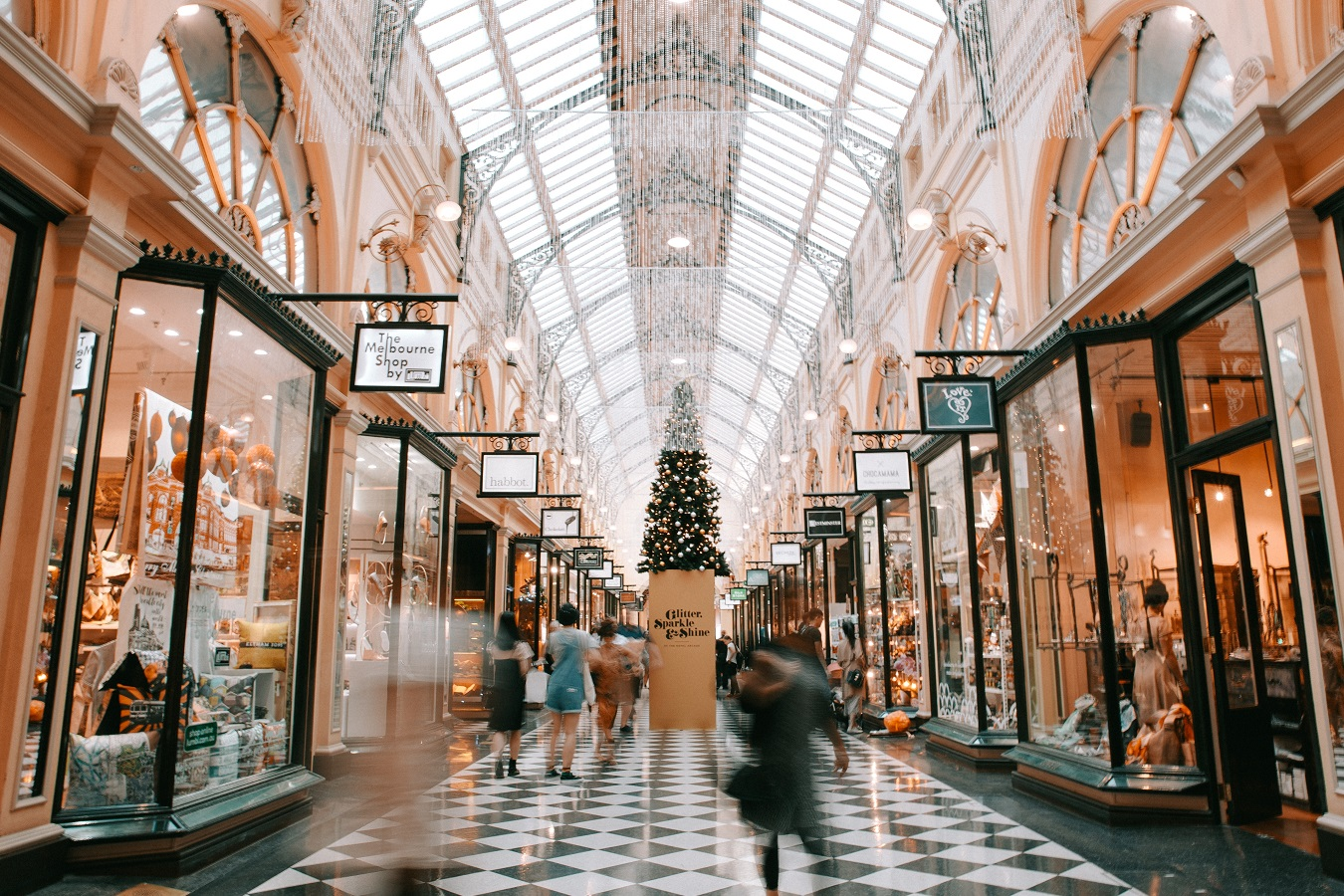 4 TIPS FOR SMART SHOPPING ON BOXING DAY