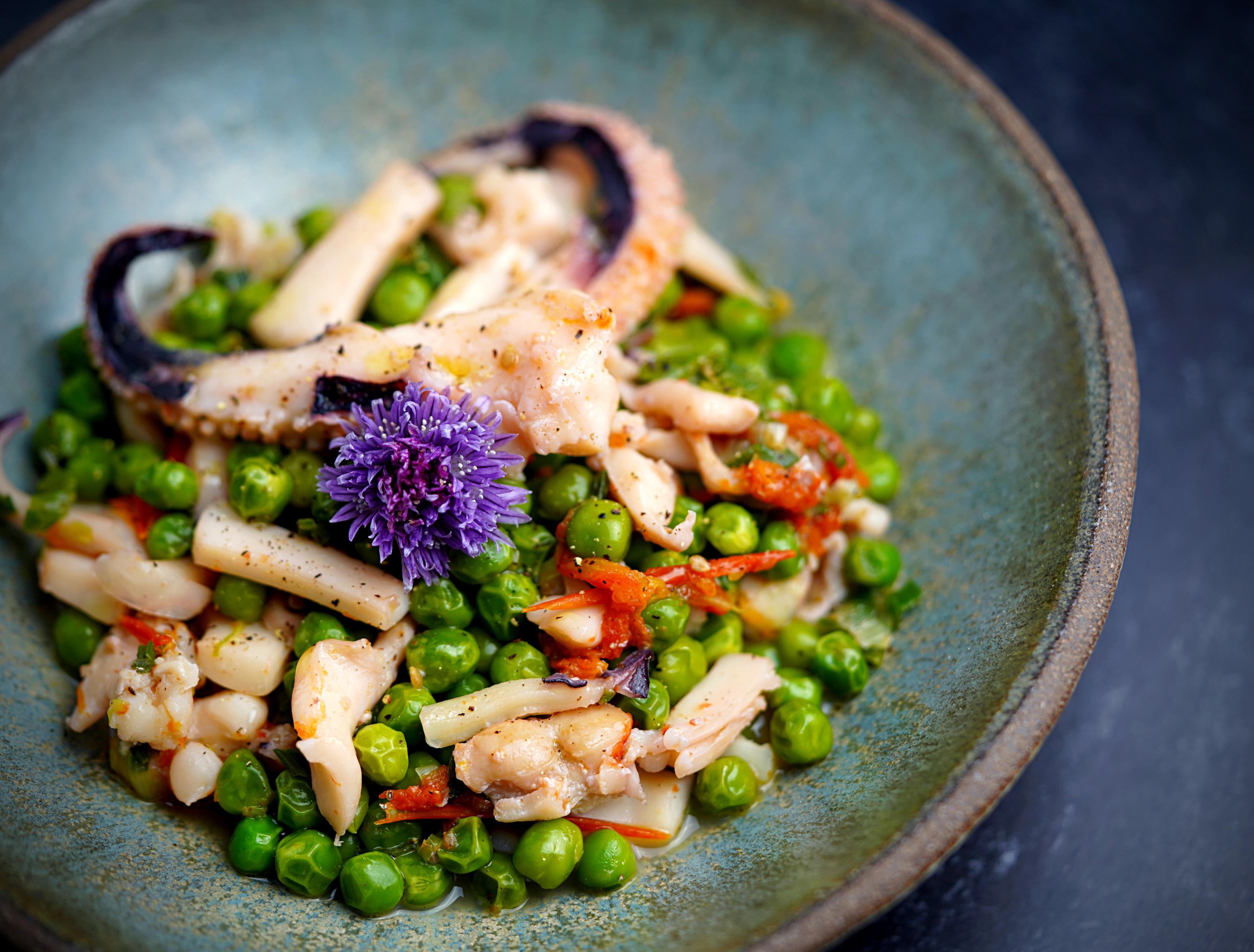 Cuttlefish & Peas
