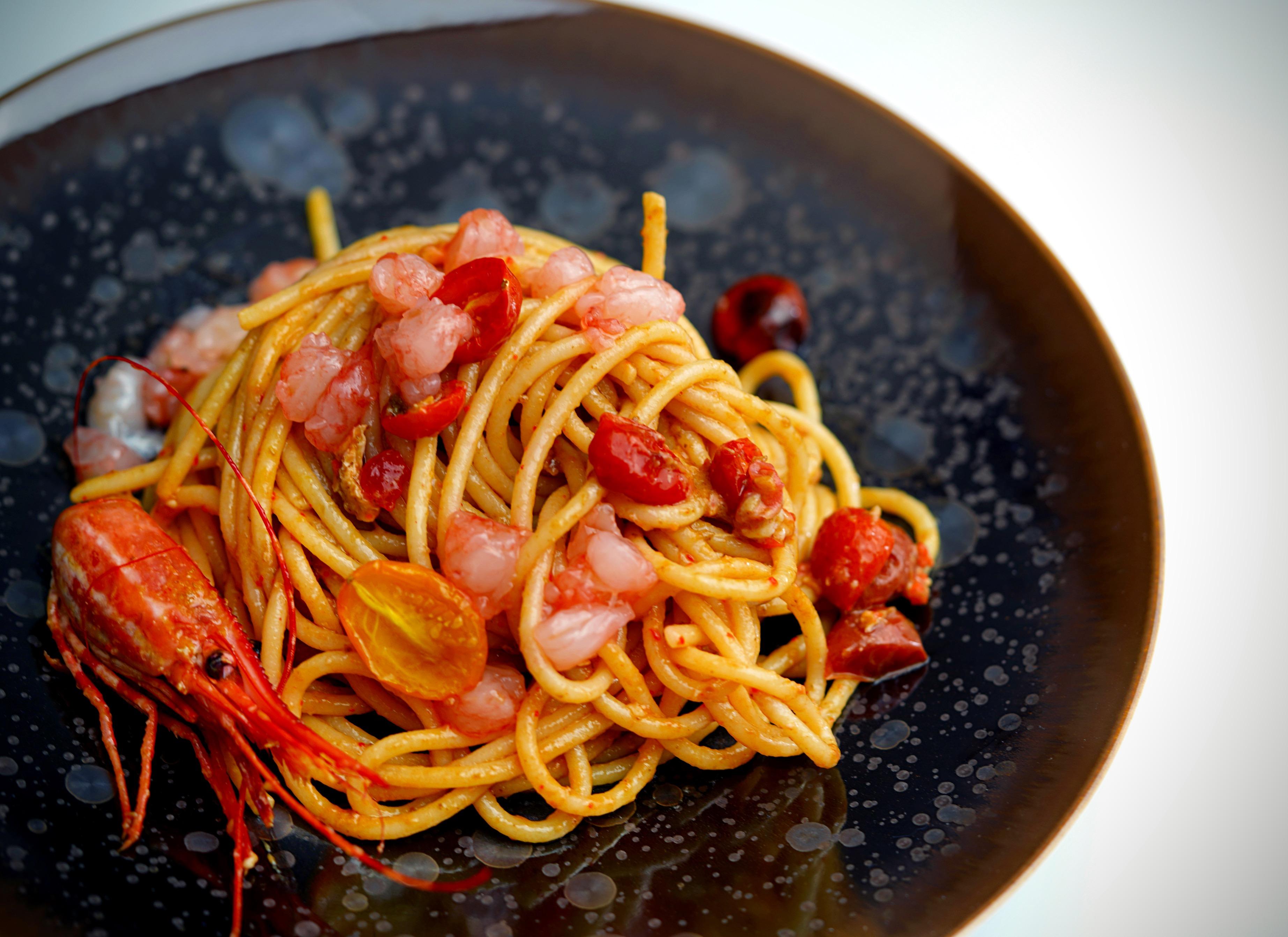 Spaghettoni with Raw Spot Prawns