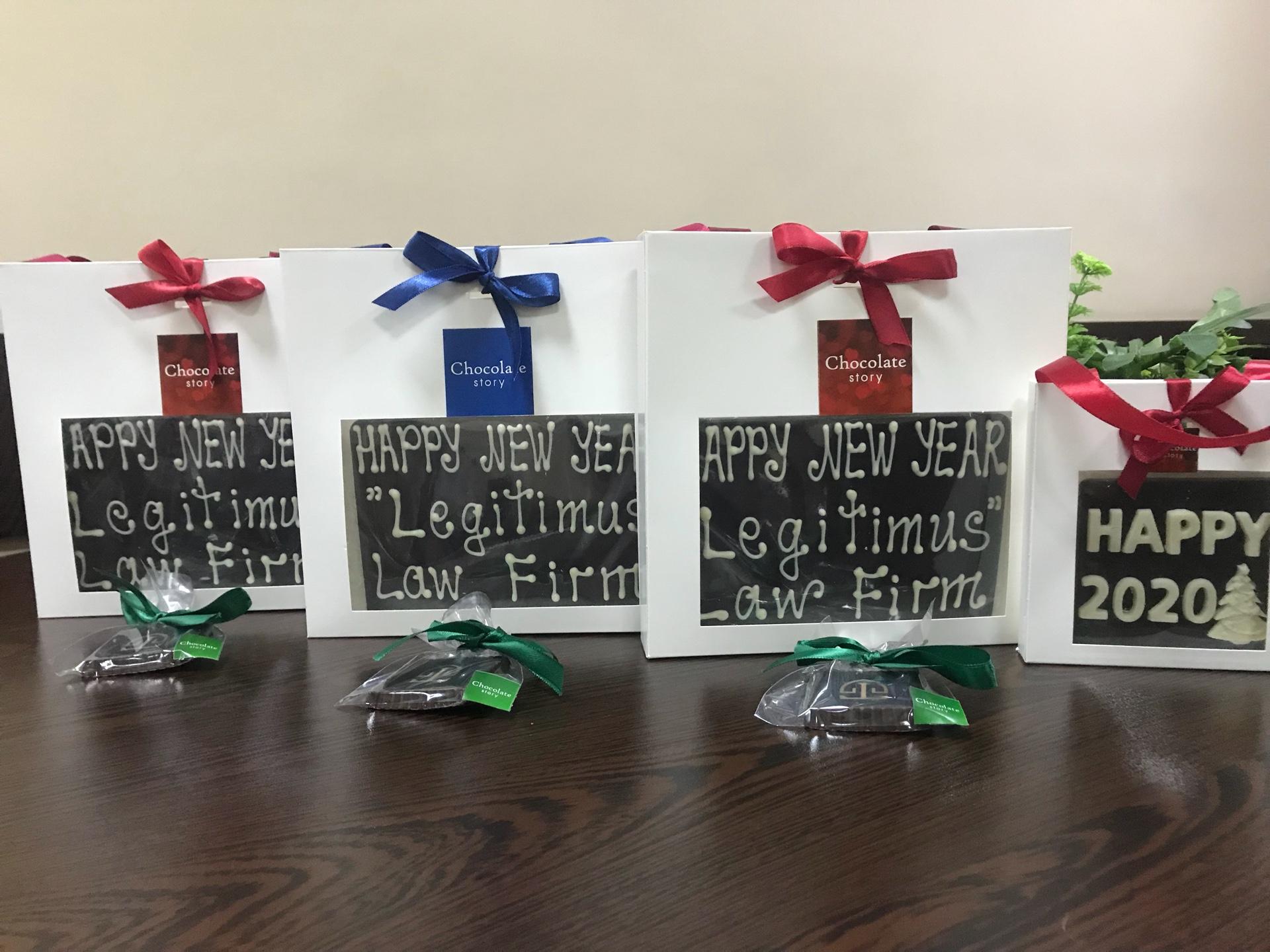 «Լեգիտիմուս» իրավաբանական ընկերությունը շնորհավորում է բոլորիդ Ամանորը և Սուրբ Ծնունդը