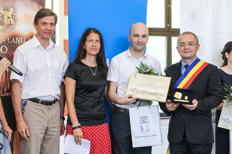 08/2015 The Young Researchers in Science and Technology Award