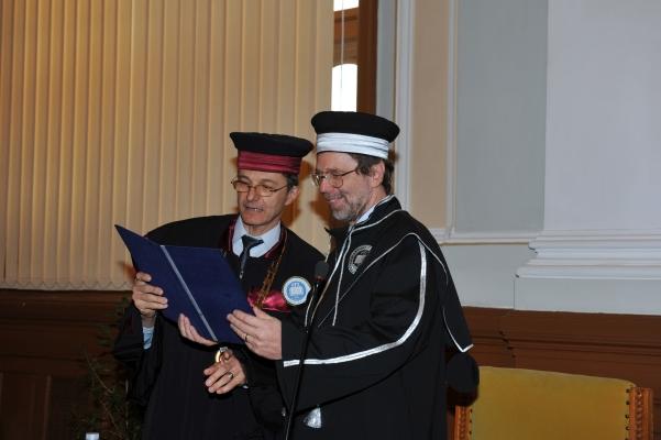 07/2014: Prof. Colin MacLeod awarded an honorary doctorate from Babeș-Bolyai University