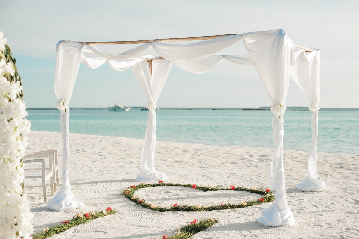 5 Fun Beach Wedding Ideas!