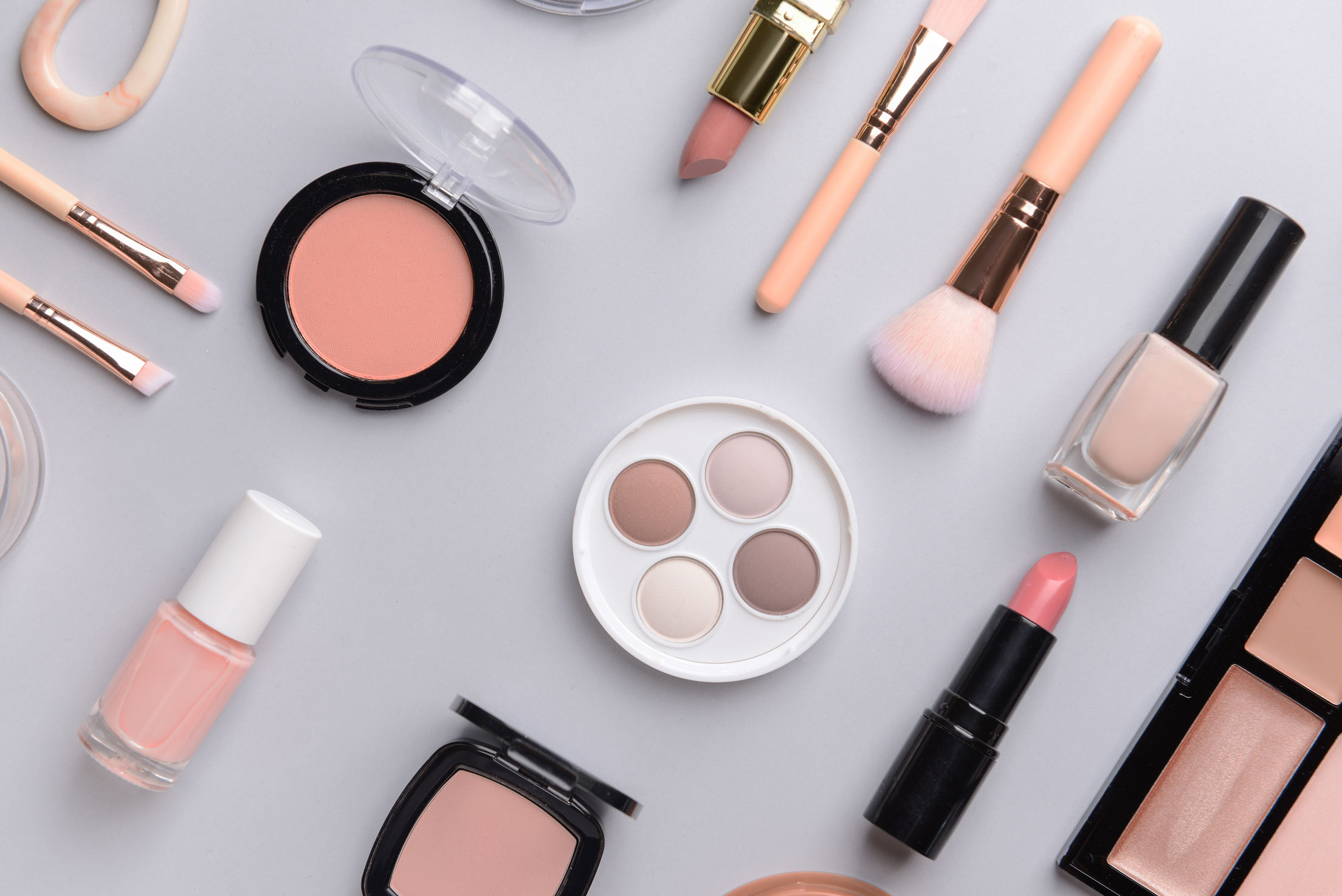 How to Choose the Right Makeup Products for You